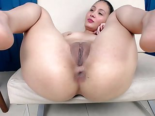 Colombian Girl Swietcherryx Spreading Her Legs