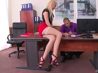 Weirdo boss loves trample feet with the addition be fitting of fucking pussy be fitting of Vanda Lust