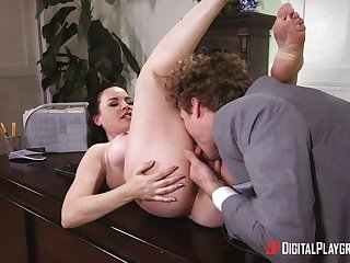 Dealings at the office for the amazing female boss
